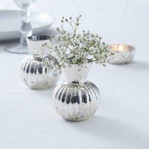 Kleine Blumenvase Tischdeko