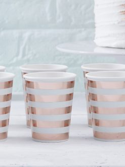 Papierbecher rosé gold gestreift