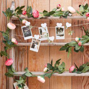 Girlande mit pinken Rosen
